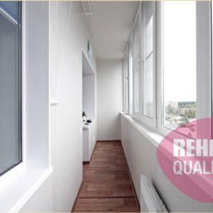 Отделка пола, стен и потолка на балконе