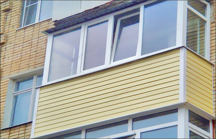Внутренняя и внешняя отделке балконов