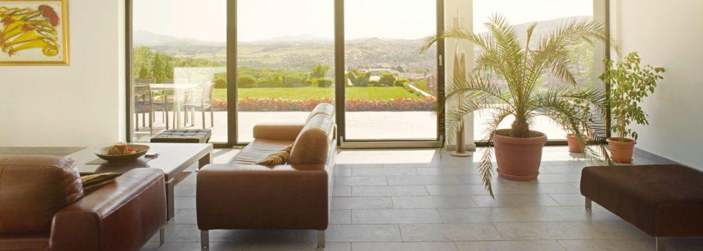 Панорамные окна Рехау