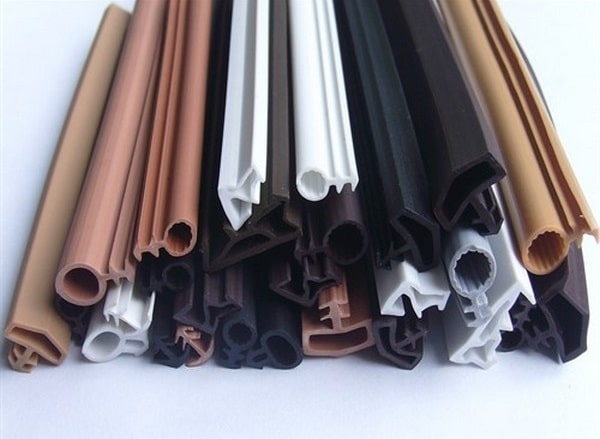 Какими бывают уплотнители для пластиковых окон