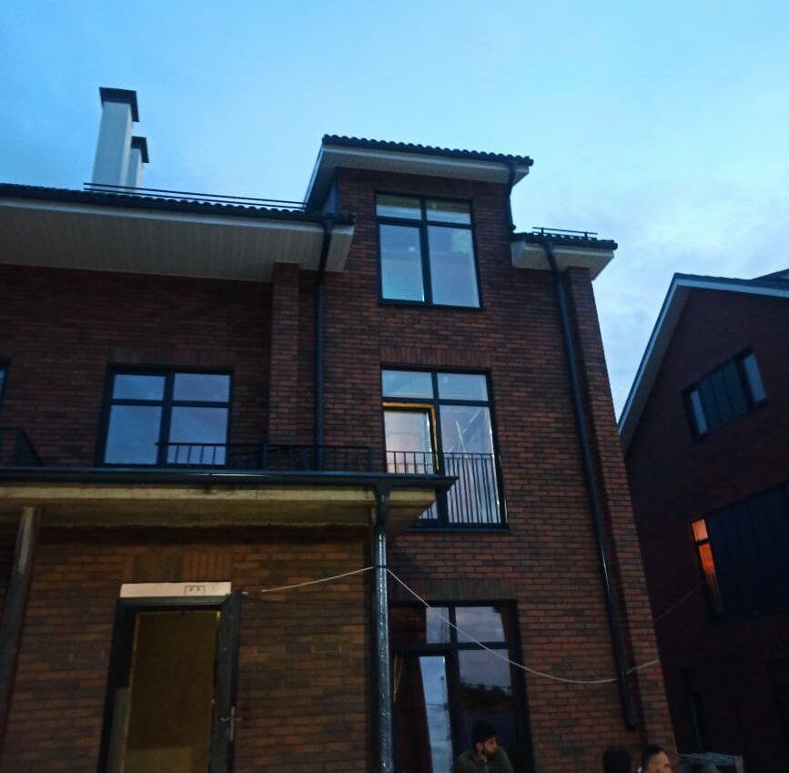Установить пластиковые окна на даче недорого