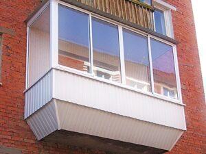 Балкон с внешней отделкой