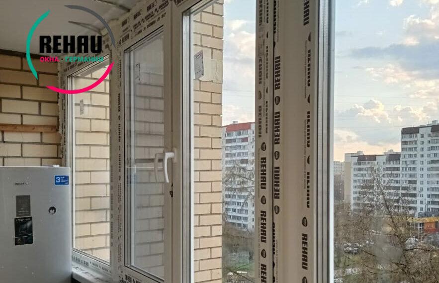 Пленка на оригинальных окнах Рехау