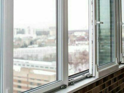Наклонно сдвижные окна для балкона